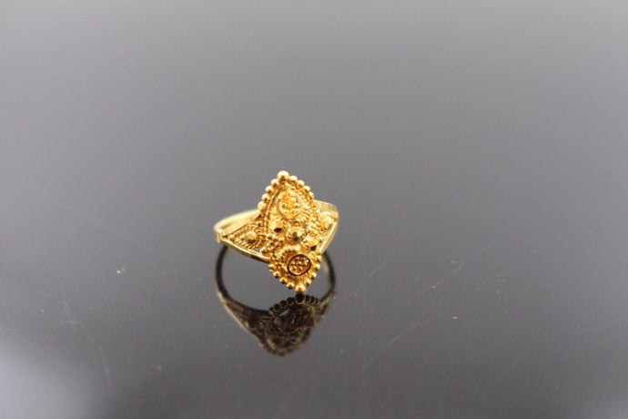 22k 22ct Solid Gold ELEGANT Charm Baby Ring SIZE 1