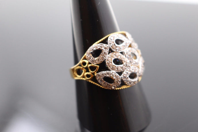 22k Jewelry Solid Gold ELEGANT STONE Ring Size 9.5