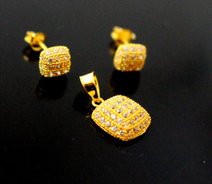 22k 22ct Solid Gold Elegant Modern Design Square Shape Pendant Stone Set p947