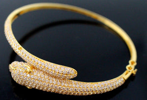 21k 21ct Solid Gold ELEGANT Ladies Jaguar Designer BANGLE Modern Design b853 - Royal Dubai Jewellers