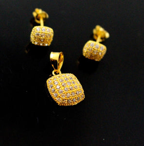 22k 22ct Solid Gold Elegant Modern Design Square Shape Pendant Stone Set p947 | Royal Dubai Jewellers