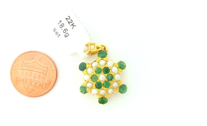 22k Solid Gold pendant Matte Finish with emerald and pearls stones 1378