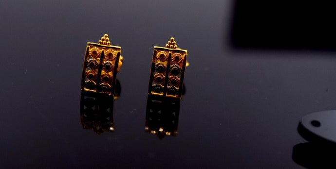 22k Solid Gold ELEGANT STUD SCREW BACK TWO TONE EARRINGS Unique Design E725