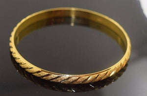 22k Solid Gold ELEGANT WOMEN BANGLE BRACELET Size 2.5 inch B310