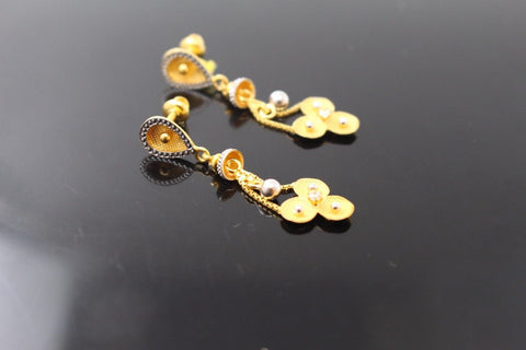 22k 22ct Solid Gold ELEGANT EARRINGS Floral Dangle Two Tone Design E5102