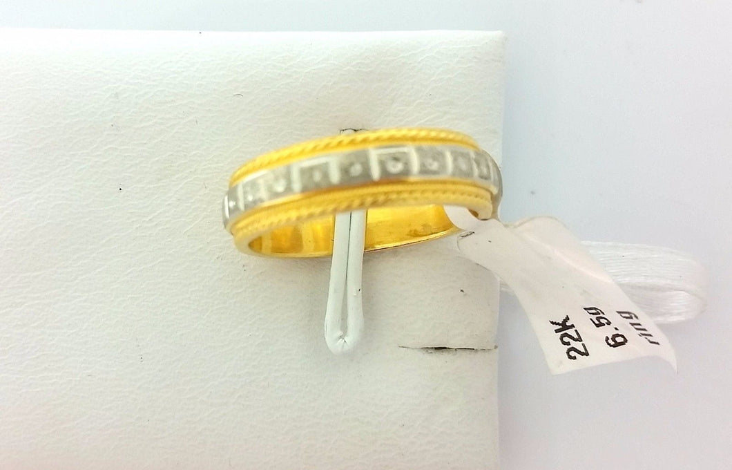 22k Solid Gold Ring Size 6.5 custom size available with unique box 175