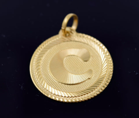 22k Solid Gold Round Shape Pendent C letter p313