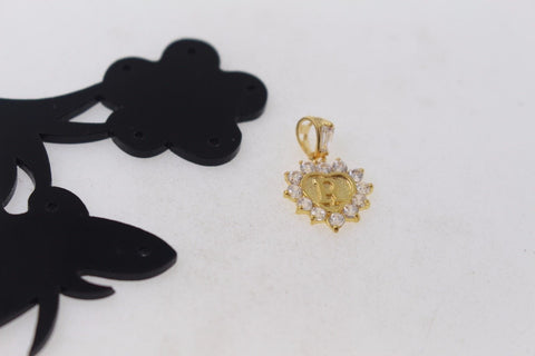 "22k 22ct Solid Gold ""R"" letter Heart Charm Pendant with Stones p774 - Royal Dubai Jewellers"