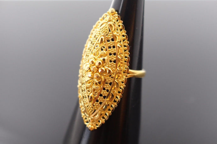 22k 22ct Solid Gold ELEGANT Charm LADIES Ring SIZE 6.5