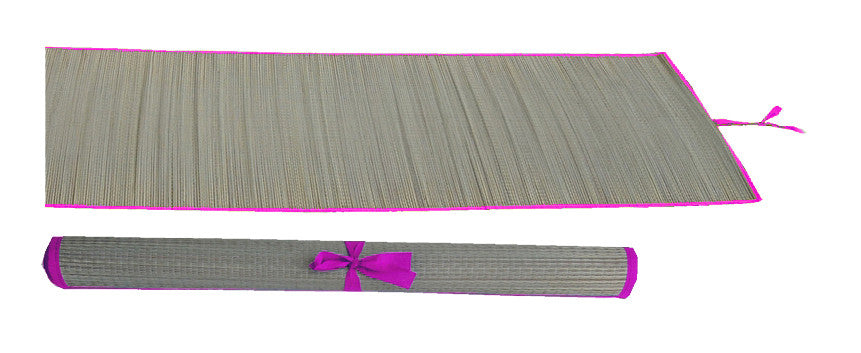 Straw multi-purpose mat with pink trim