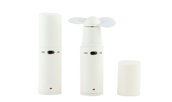 White travel fan (batteries included)