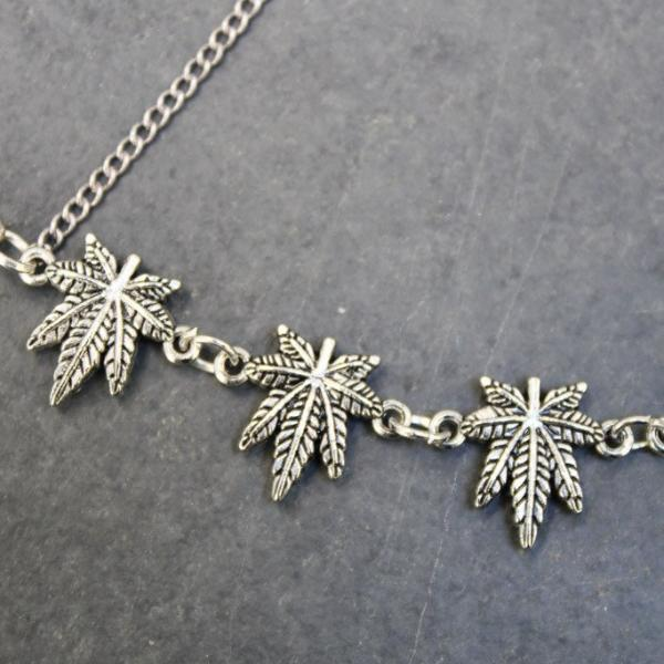 Bud Leaf Cross Handchain (Silver) - Blunted Objects