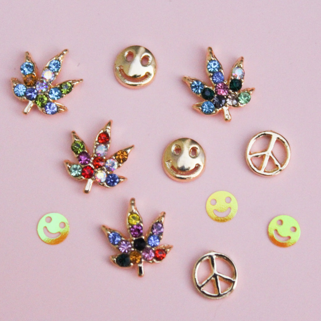 Be Happy Weed Leaf Nail Charm Set - Blunted Objects