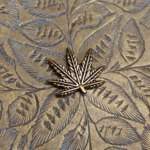 Weed Leaf Floral Brass Rolling Tray Ashtray - Blunted Objects