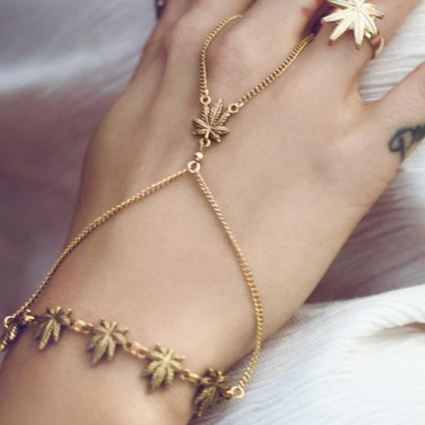 Bud Leaf Cross Handchain (Gold) - Blunted Objects