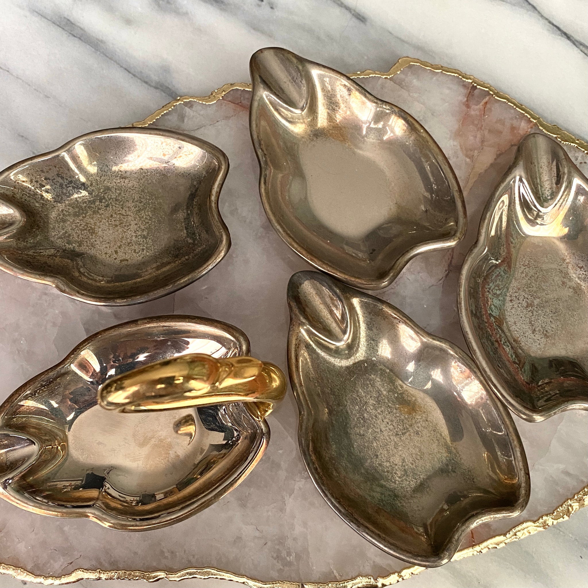 Vintage Swan Ashtray Set