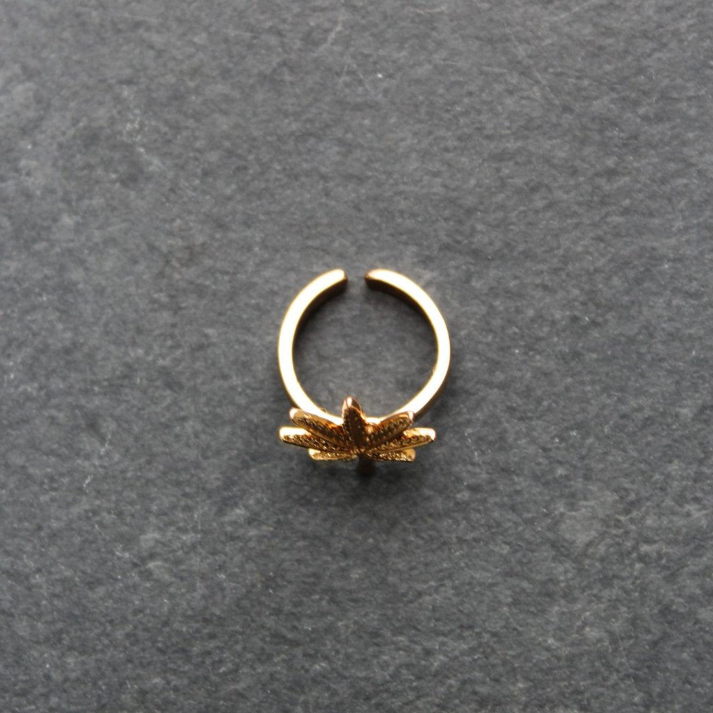 Indica Leaf Midi Ring (Gold) - Blunted Objects
