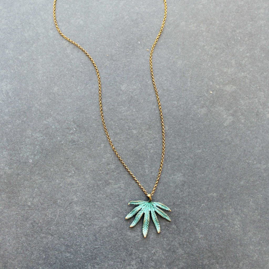 The Chronic Pendant Leaf Necklace