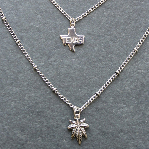 Rep My State Texas Layered Necklace (Silver)