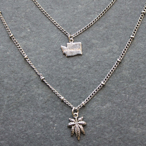 Rep My State Washington Layered Necklace (Silver)