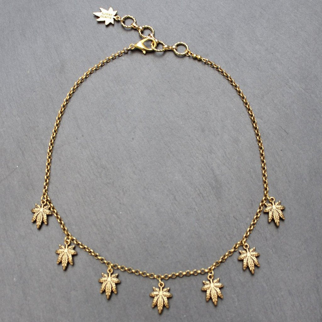 Flicker Leaf Necklace (Gold)