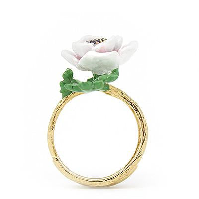 Anemone Ring White | BLOOM