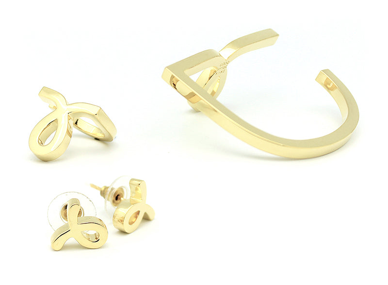 Script Small L Earrings Gold | SCRIPT SMALL L