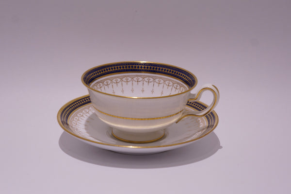 Spode Copelands China Navy and Gold Set Teacup and Saucer (2)