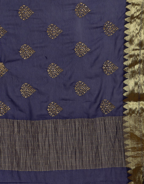 Woven saree with gold detailing