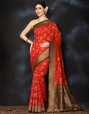 Woven saree with golden floral jaal