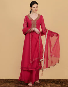 Pink colour Georgette Salwar Kameez