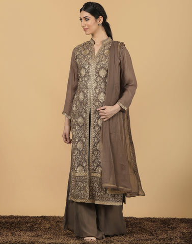 Georgette laacha with golden embroidery