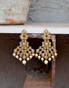 Meena Bazaar: Kundan Dangler Earrings