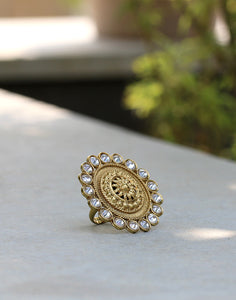 Meena Bazaar: Golden Tone Diamond Embedded Ring
