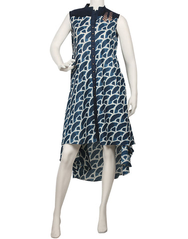 Meena Bazaar: Asymmetrical Abstract Printed Cotton Kurti
