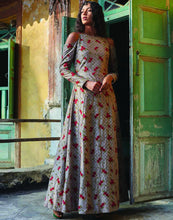 Meena Bazaar: Floral Thread Embroidered Cotton Anarkali Suit