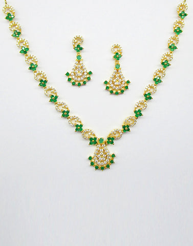 Beautiful Gold Plated Necklace Set