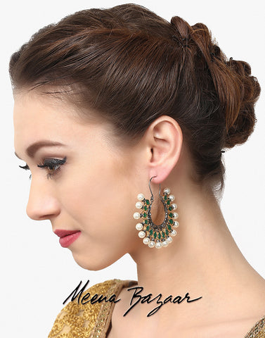 gold-earrings-with-grey-stones