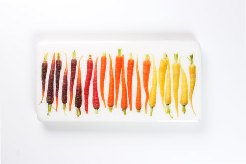 21 coloured mini carrots (40cm x 20cm)