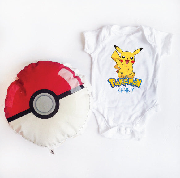 Pikachu & Pokeball Set