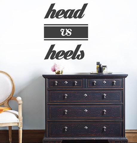 Vinilo decorativo - Head vs Heels - Viniloestil