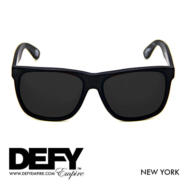 NEW YORK MATTE BLACK / GREY SUNGLASS