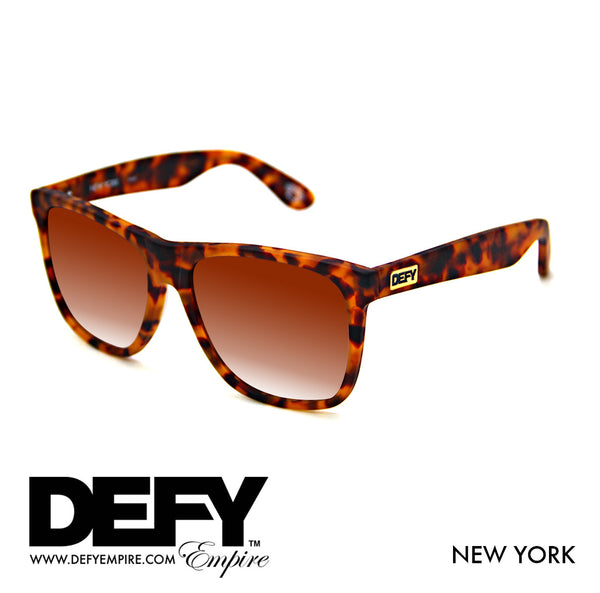 NEW YORK MATTE TORTOISE / BRONZE GRADIENT SUNGLASS