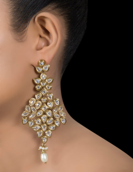Kundan dangler earrings with pearl drop