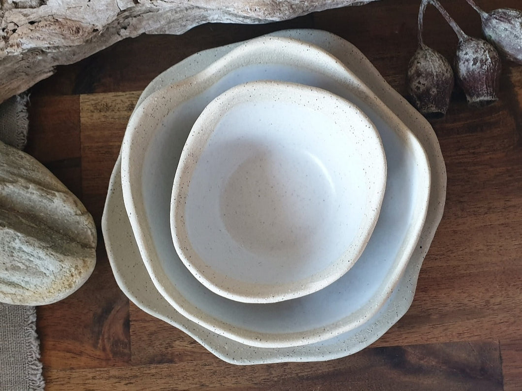 Wave-top Bowl and Plate Set