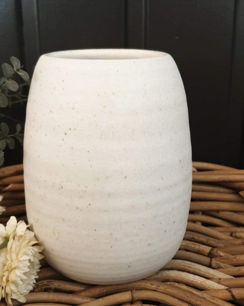Ribbed Egg Vase - Chalk
