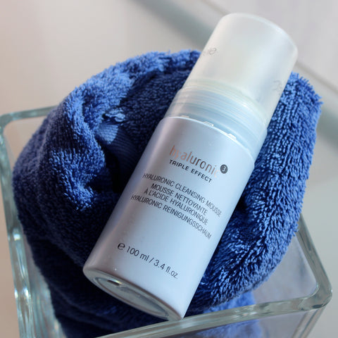 Hyaluronic 3D Cleansing Mousse