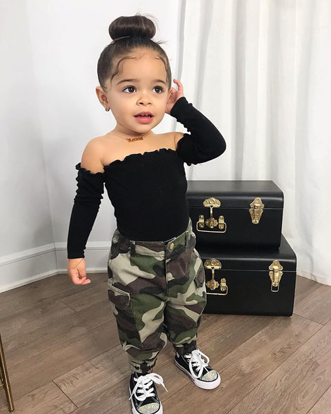 Ruffles Leopard Pants Outfit