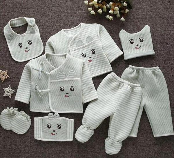 Emotion Moms (8pcs/set) Infant Clothes - Cotton Castles Luxury  Diaper Cakes