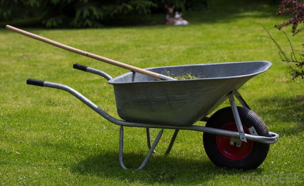 wheelbarrow for yard work